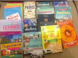 Sebagian koleksi buku travel